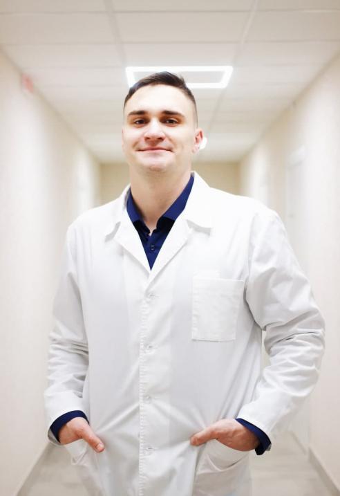 Девятко Антон Анатольевич - Детский оториноларинголог