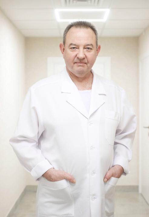 Гаркуша Владимир Анатольевич - Детский ортопед-травматолог