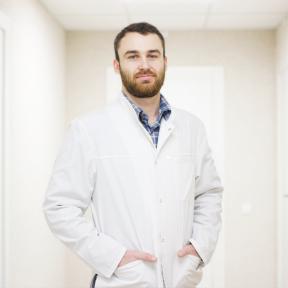 Радиолог, рентгенолог Русинко Дмитрий Владимирович